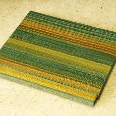 Reliure en buffle mat à encadrement